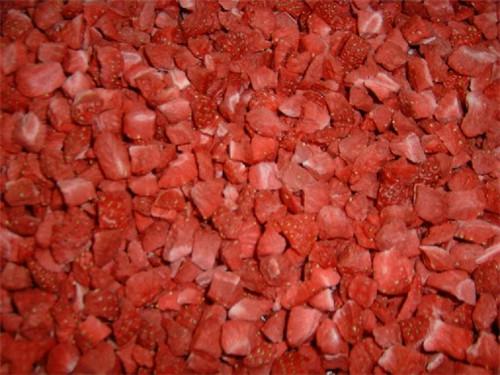 冻干草莓丁